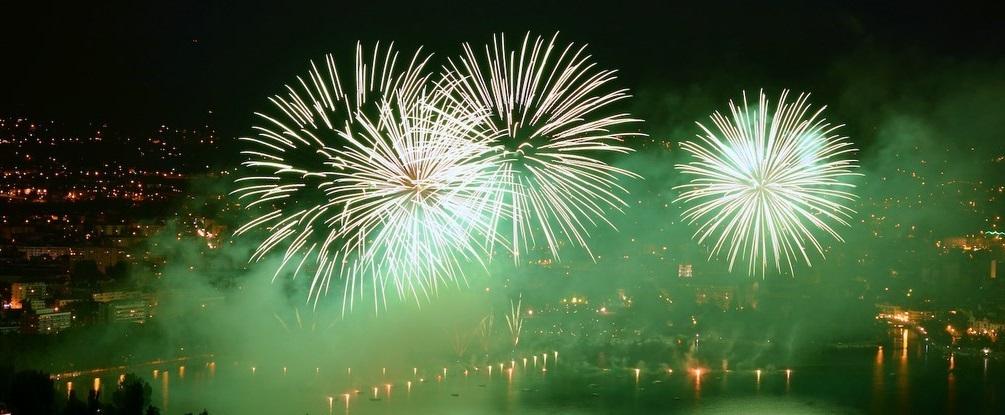 Les feux lors de la fête du lac