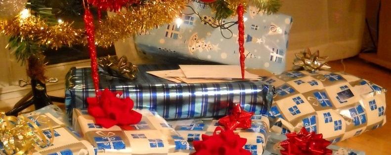 Les cadeaux sous le sapin à Noël