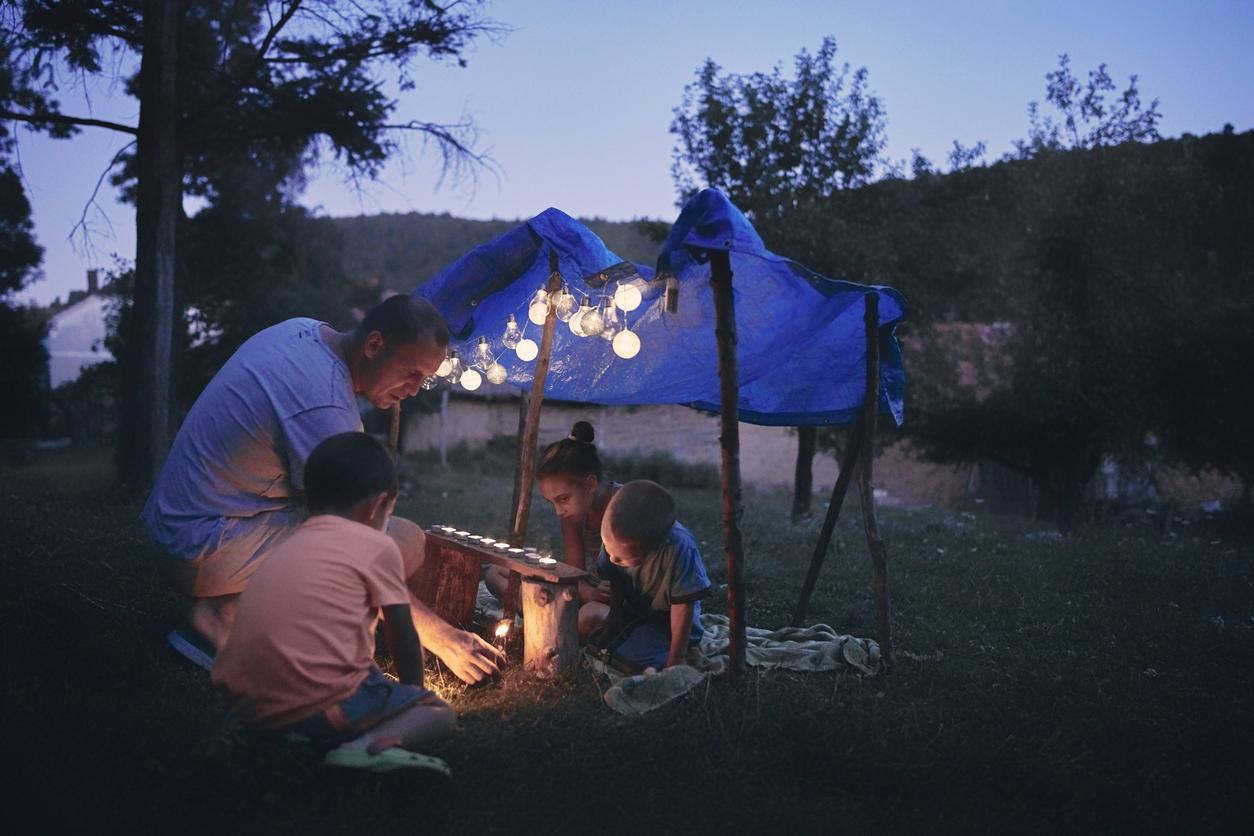 Une faille qui pique-nique au camping