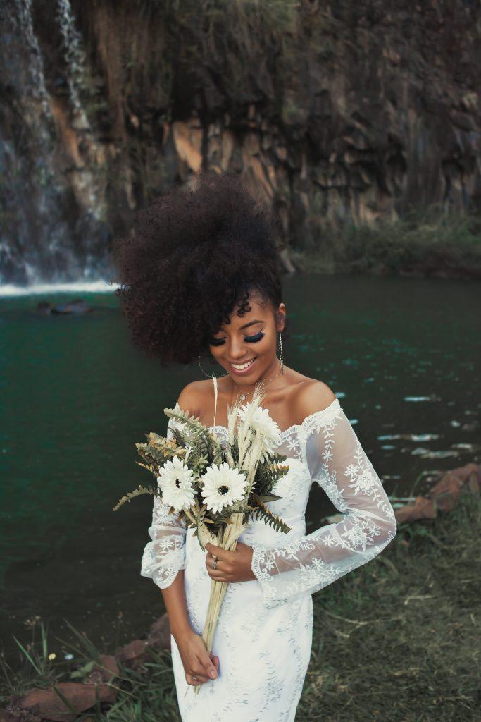 Quels bijoux choisir pour accessoiriser sa robe de mariée?