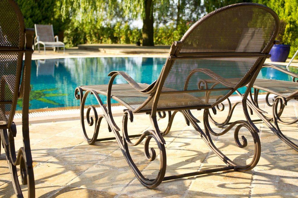 Les meilleurs bains de soleil en bois