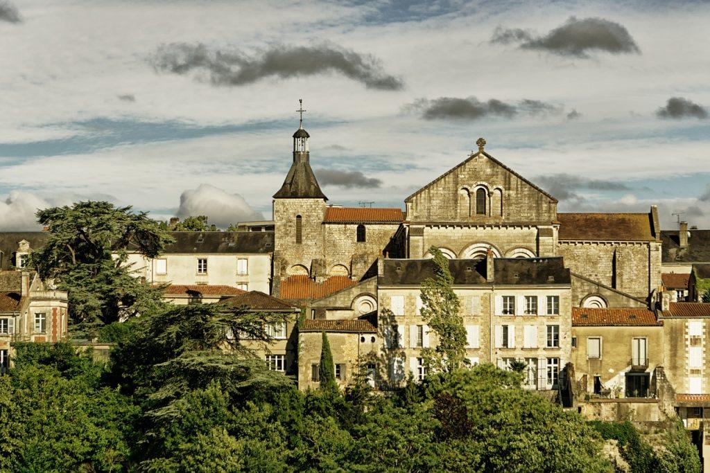 Présentation de la ville de Poitiers