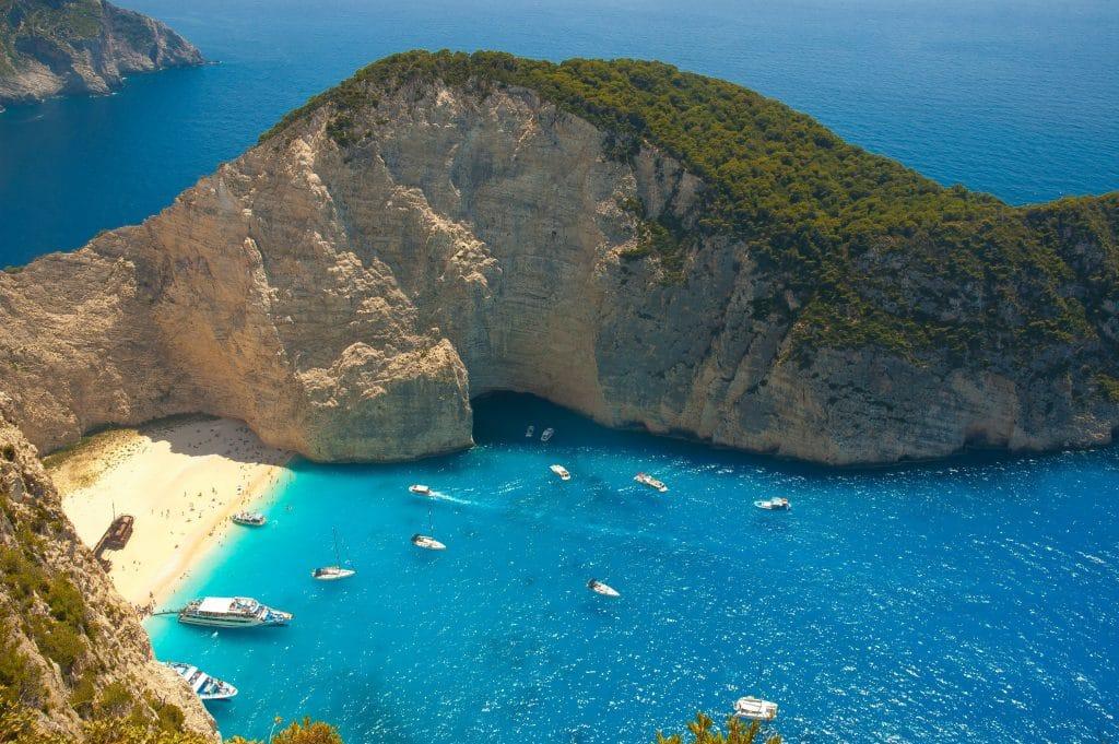 La plage de Navagio en Grèce