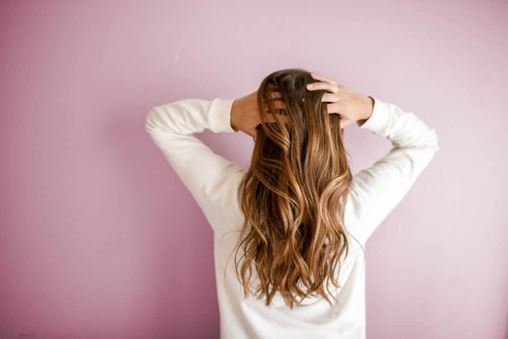 Pourquoi mes cheveux ne tiennent pas les boucles ?